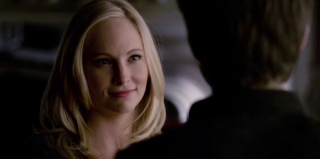 File:Caroline and Stefan in 5x14.....png