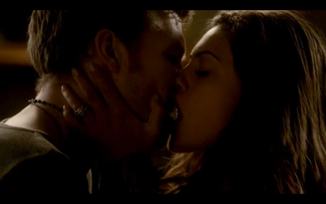 File:4x16-Klayley sex 4.png