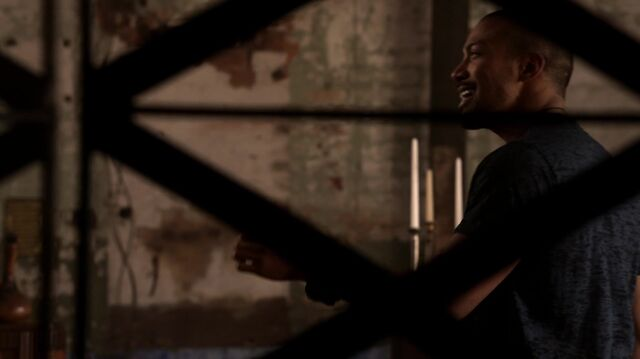 File:The Originals s01e18 HD1080p KISSTHEMGOODBYE NET 0392.jpg