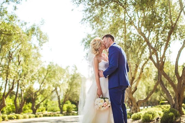 File:The Originals - Claire's wedding.jpg