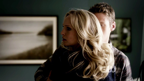 File:Caroline and Matt 4x1.jpg