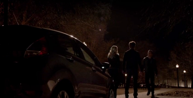 File:Caroline, Stefan and Julian 5x21.png