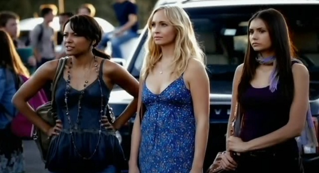 File:The-Vampire-Diaries-3x05-Bonnie-Caroline-and-Elena-at-school.jpg