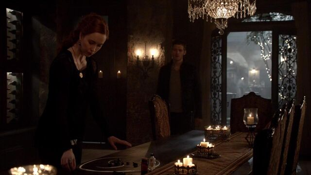 File:The Originals S01E21 mkv1223.jpg