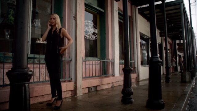 File:Rebekah 17 TO 1x03.jpg