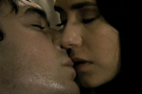 File:Damon-Elena-Kiss-460x306.jpg