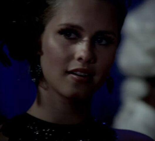File:Rebekah 26 TO 1x03.jpg