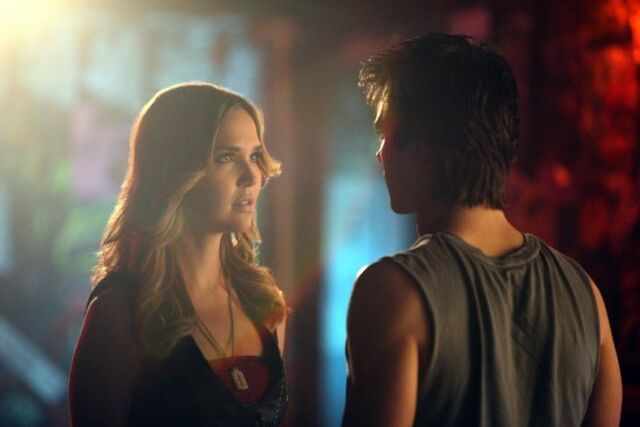 Archivo:Damon-and-lexi-because-the-night.jpg