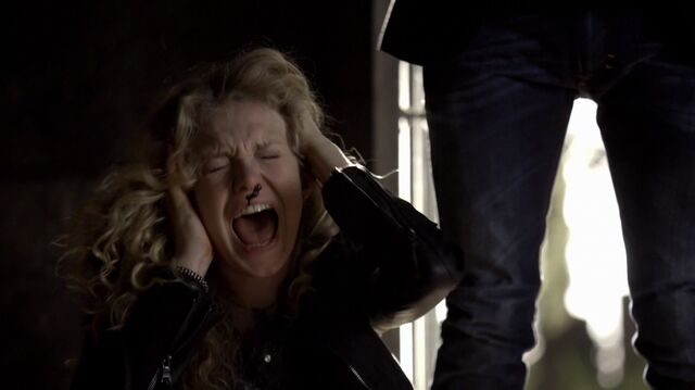 File:Kai Pain Infliction on Liv 6x10.jpg