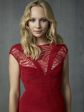 File:CandiceAccola s4.jpg