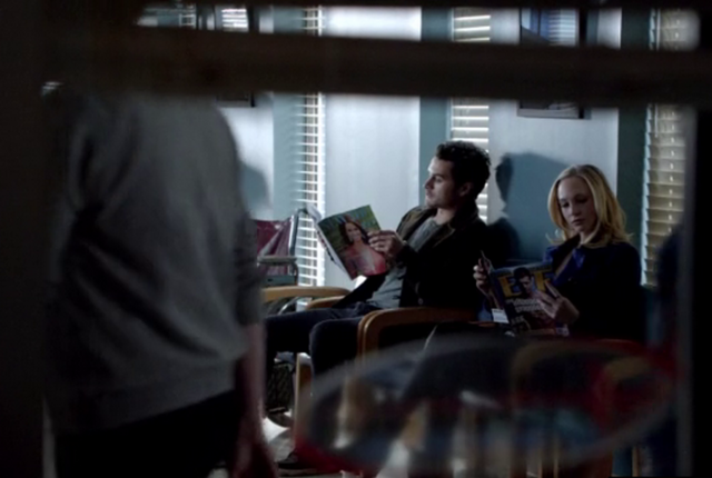 File:Enzo and Caroline 5x17.png