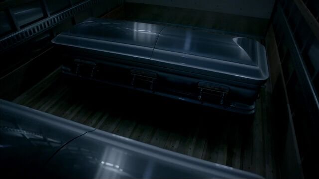 File:Mikaelson Caskets 322.jpg