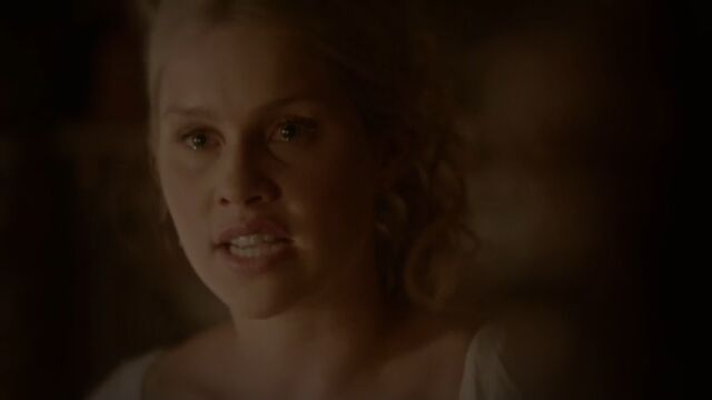 File:Rebekah 23 TO 1x02.jpg