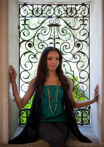 File:7Katerina Graham (Bonnie).jpg