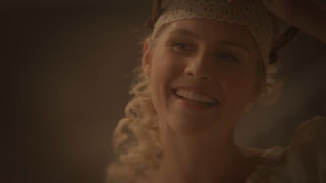 File:Rebekah 16 TO 1x02.jpg