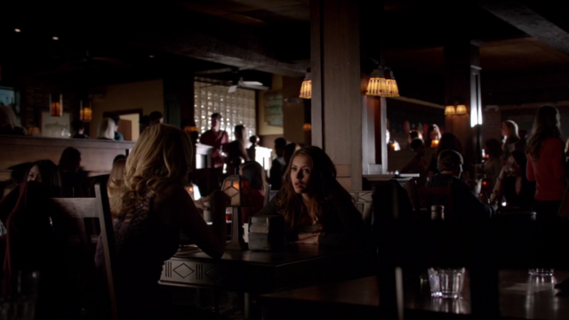 File:Caroline and Elena in 5x18.png