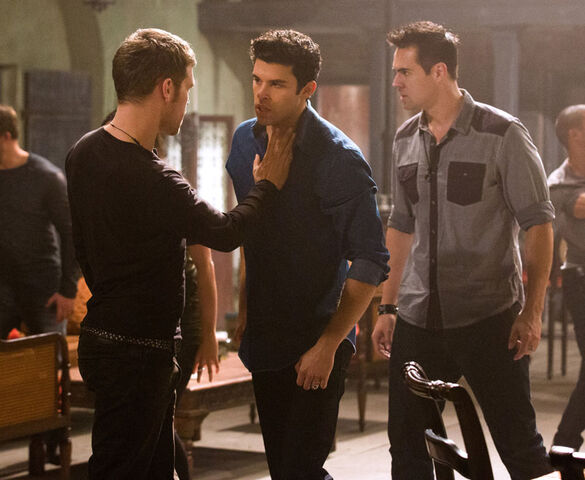 File:The-originals-season-2-gonna-set-your-flag-on-fire-photos.jpg