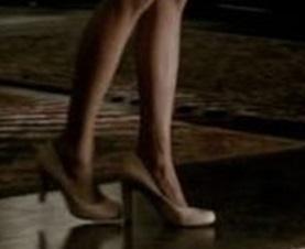 File:Elena3X01-heels.jpg