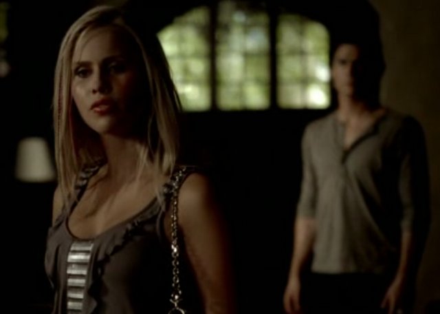 File:Rebekah moving into Salvatore house.png