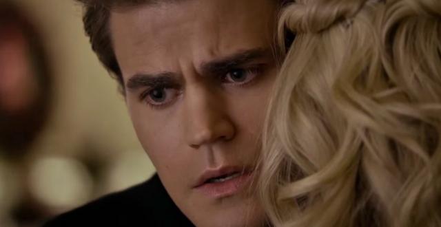 File:Stefan hugs Caroline 6x15.png