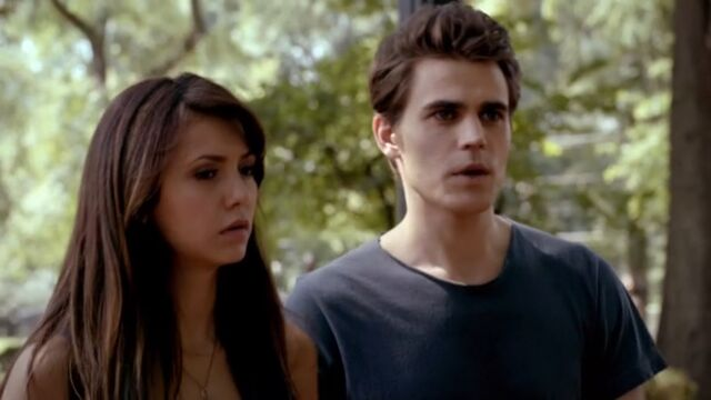 File:Silas and Elena TVD 5x02.jpg