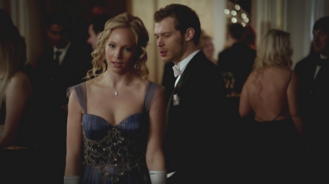 File:Caroline and Klaus in 3x14.png