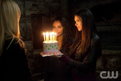 File:Bonnie+Elena+Caroline.jpg