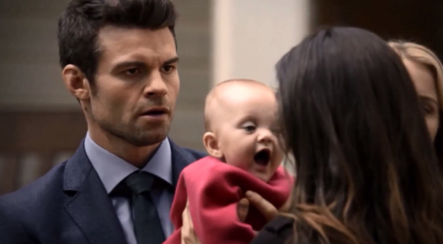 File:Elijah-Hope and Hayley 2x09.png
