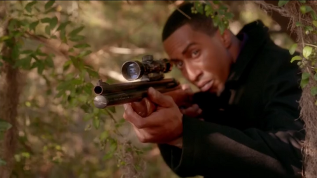 File:The Originals Season 3 Episode 10 A Ghost Along the Mississippi Strix member wiith gun.png
