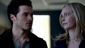 Enzo and Caroline in 5x17