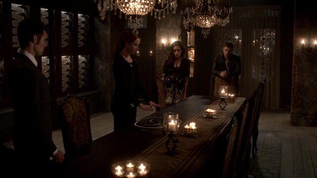 File:The Originals S01E21 mkv1395.jpg