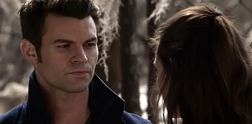 File:Elijah and Hayley 1x18.jpg
