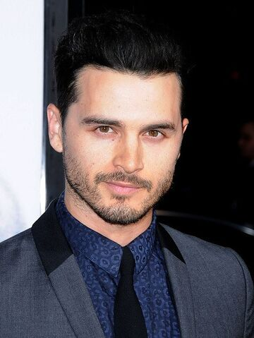 File:Our-Brand-Is-Crisis-Premiere-Michael-Malarkey.jpg