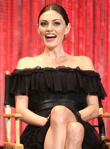 File:Phoebe Tonkin Vampire Diaries Honored PaleyFest 306Zqo0zvvBl.jpg