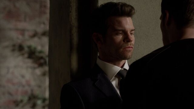 File:Normal TheOriginals208-0199Elijah-Klaus.jpeg