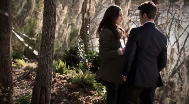 File:Hayley-Elijah-1x15.png