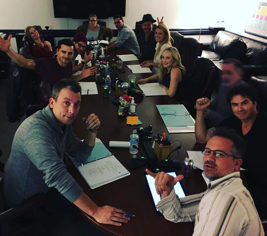 File:2015-12-02 Ian Somerhalder Candice King Matt Davis Michael Malarkey Zach Roerig Teressa Liane Jeffrey Hunt Instagram.jpg