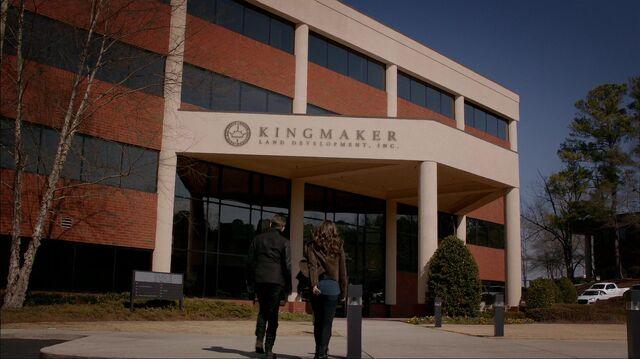 File:TO317 Kingmaker-front1.jpg