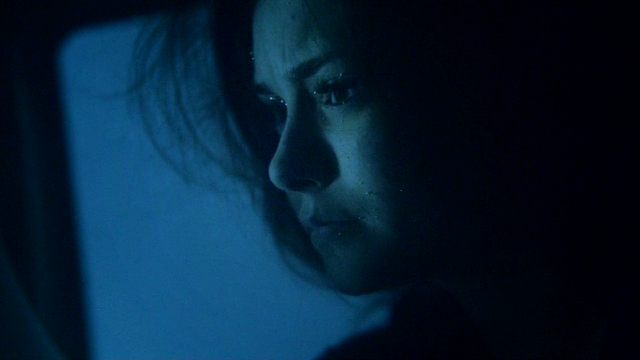 File:TVD3x22elenadrowning.png