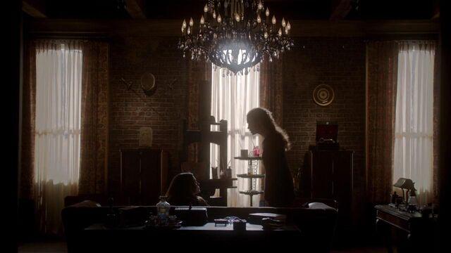 File:The Originals S01E21 mkv0856.jpg