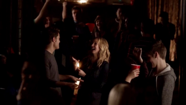 File:Steroline dancing 4x16...png