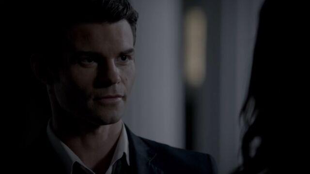 File:Elijah 14 TO 1x05.jpg