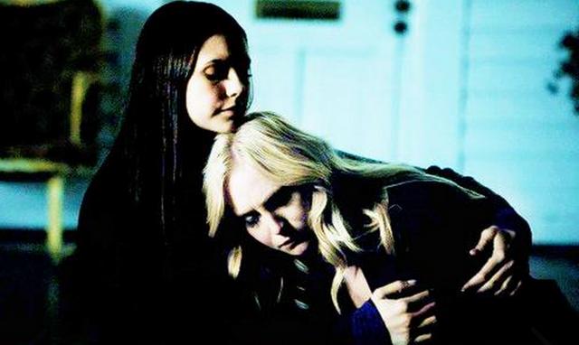 File:Elena and Caroline 3x13..png