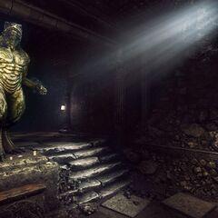 Статуя врана в катакомбах под городом
