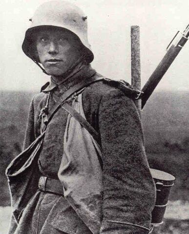 File:Young-German-soldier 1918.jpg