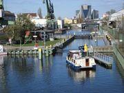 Hafen Neukölln Einfahrt Schleuse