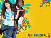 Tori-and-Andre-victorious-20031534-800-600