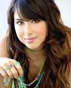 285924-daniella monet super