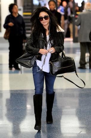 Vanessa-Hudgens-LAX-Airport