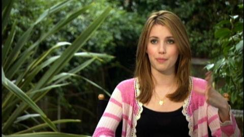 "Nancy Drew (2007) - Interview Emma Roberts ""On the story"""